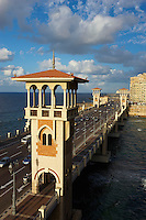 Egypte, la côte méditerranéenne, Alexandrie, pont de Stanly  // Egypte, Alexandria, Stanly bridge.