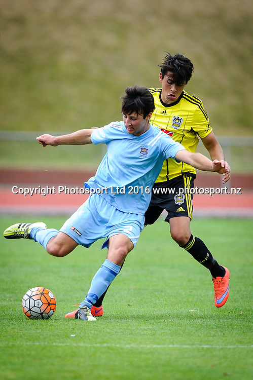 Hawkes Bay's Sean Liddicoat goes up against Wellington's Logan Rogerson during ASB premiership Wellington Phoenix vs. Hawke's Bay United match at Newtown Park, Wellington, New Zealand. Saturday 6th February  2016. Copyright Photo: Mark Tantrum / www.Photosport.nz