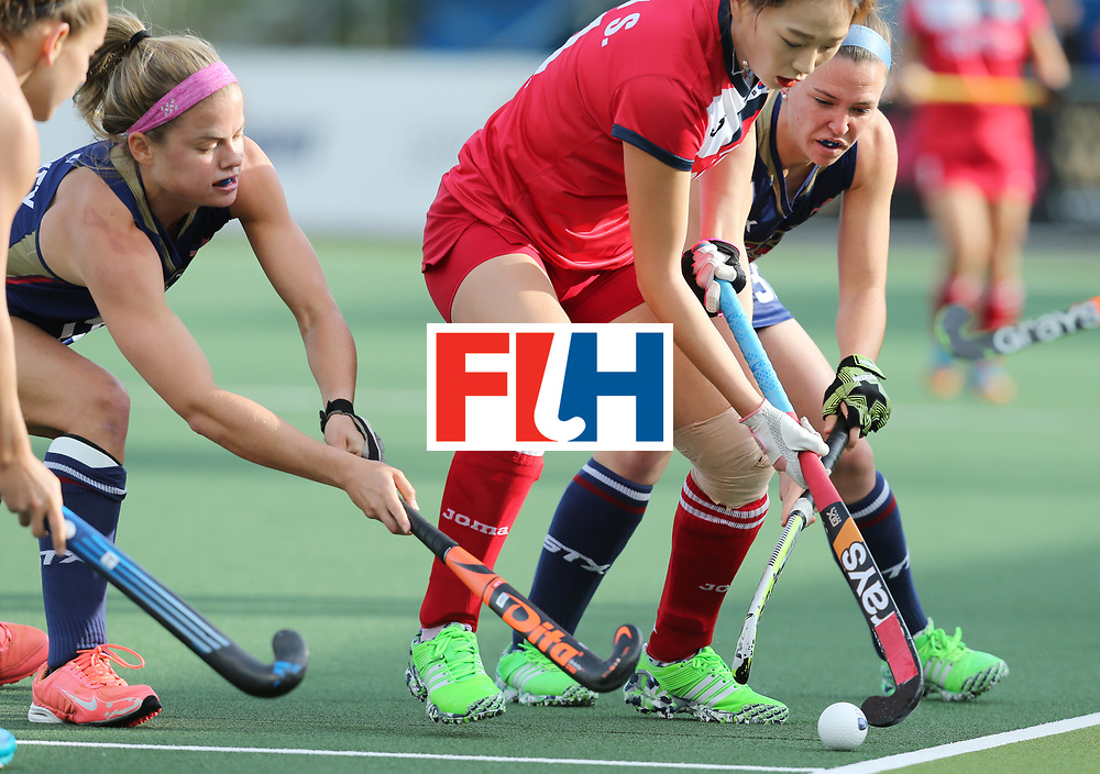 New Zealand, Auckland - 17/11/17  <br /> Sentinel Homes Women&rsquo;s Hockey World League Final<br /> Harbour Hockey Stadium<br /> Copyrigth: Worldsportpics, Rodrigo Jaramillo<br /> Match ID: 10291 - USA vs KOR<br /> Photo: (11) PARK Seunga against (32) MC CRUDDEN Erin