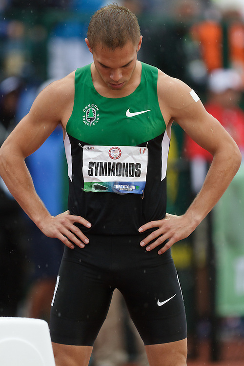 Olympic Trials Eugene 2012: Mens' 800 meter heats, Nick Symmonds prepares for start