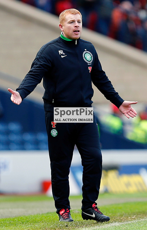 Dundee United v Celtic Scottish Cup Semi Final..Neil Lennon has words with Celtic players.......(c) STEPHEN LAWSON | StockPix.eu