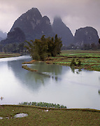 AA01206-02...CHINA - Tributary to the Li River near Yangshuo,