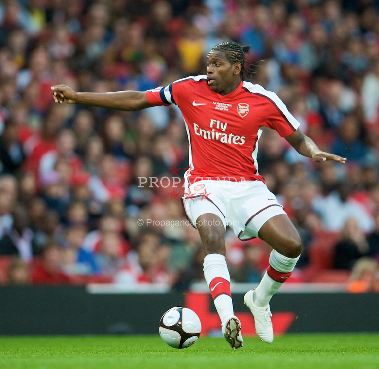 LONDON, ENGLAND - Friday, May 22, 2009: Arsenal's captain Jay Emmanuel-Thomas in action during the FA Youth Cup Final 1st Leg match against Liverpool at the Emirates Stadium. (Photo by David Rawcliffe/Propaganda)
