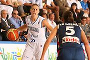DESCRIZIONE : Chieti Italy Italia Eurobasket Women 2007 Italia Italy Francia France <br /> GIOCATORE : Raffaella Masciadri <br /> SQUADRA : Nazionale Italia Donne Femminile EVENTO : Eurobasket Women 2007 Campionati Europei Donne 2007<br /> GARA : Italia Italy Francia France <br /> DATA : 26/09/2007 <br /> CATEGORIA : Palleggio <br /> SPORT : Pallacanestro <br /> AUTORE : Agenzia Ciamillo-Castoria/E.Castoria Galleria : Eurobasket Women 2007 <br /> Fotonotizia : Chieti Italy Italia Eurobasket Women 2007 Italia Italy Francia France <br /> Predefinita :