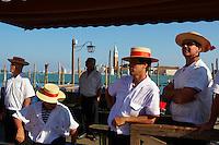 Italie, Venetie, Venise, Gondolier // Italy, Veneto, Venise, Gondola rider