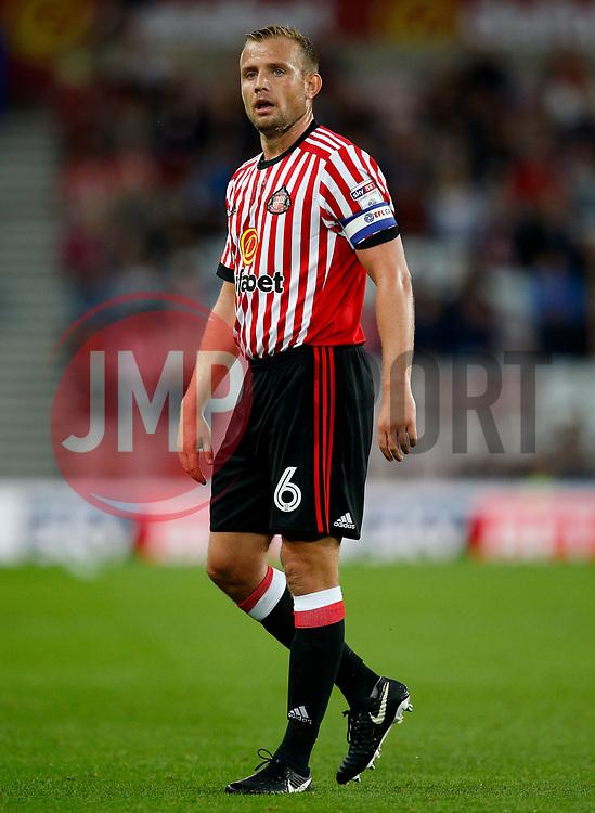 Lee Cattermole of Sunderland - Mandatory by-line: Matt McNulty/JMP - 04/08/2017 - FOOTBALL - Stadium of Light - Sunderland, England - Sunderland v Derby County - Sky Bet Championship