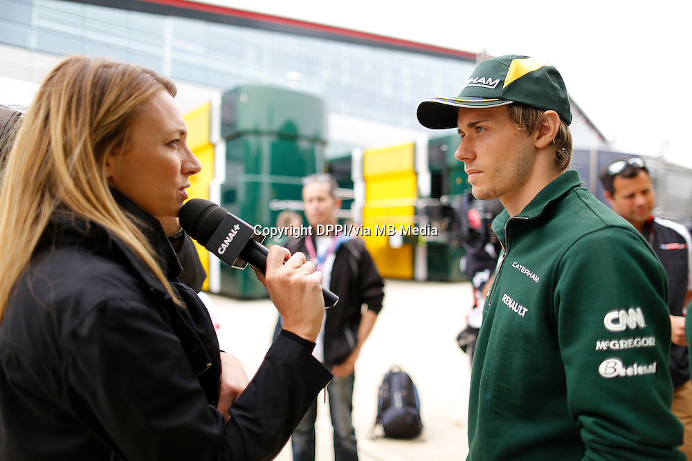 MOTORSPORT - F1 2013 - BRITISH GRAND PRIX - GRAND PRIX D'ANGLETERRE - SILVERSTONE (GBR) - 28 TO 30/06/2013 - PHOTO : FREDERIC LE FLOC'H / DPPI - PIC CHARLES (FR) CATERHAM RENAULT CT03 - AMBIANCE - PORTRAIT<br /> DELHOSTAL LAURIE -SPEAKER _ COMMENTATEUR - CANAL + - AMBIANCE PORTRAIT