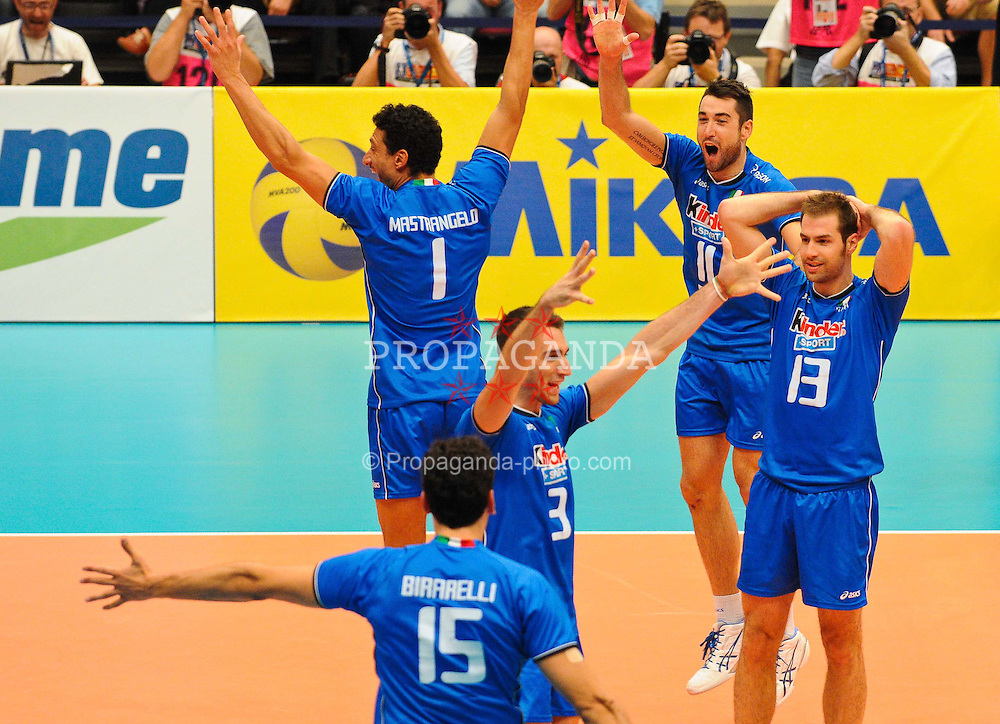 17.09.2011, Stadthalle, Wien, AUT, CEV, Europaeische Volleyball Meisterschaft 2011, Halbfinale, Italien vs Polen, im Bild Jubel Italien, Luigi Mastrangelo, (ITA, #1, Middle-Blocker), Cristian Savani, (ITA, #11, Wing-Spiker), Dragan Travica, (ITA, #13, Setter), Simone Parodi, (ITA, #3, Wing-Spiker) und Emanuele Birarelli, (ITA, #15, Middle-Blocker) // during the european Volleyball Championship Semi Final Italy vs Poland, at Stadthalle, Vienna, 2011-09-17, EXPA Pictures © 2011, PhotoCredit: EXPA/ M. Gruber
