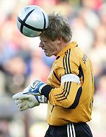 Fotball<br /> Bundesliga Tyskland 2004/05<br /> Bayern München v Schalke 04<br /> 16. oktober 2004<br /> Foto: Digitalsport<br /> NORWAY ONLY<br /> Oliver Kahn