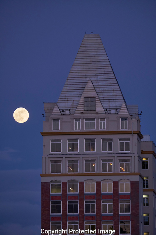Moonrise over Tacoma, Wash., Tuesday, Jan. 30, 2018. (Photo/John Froschauer)
