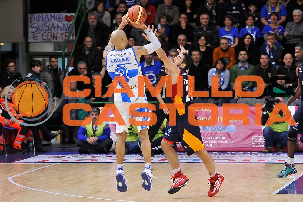 DESCRIZIONE : Campionato 2014/15 Dinamo Banco di Sardegna Sassari - Virtus Acea Roma<br /> GIOCATORE : David Logan<br /> CATEGORIA : Tiro Tre Punti Controcampo<br /> SQUADRA : Dinamo Banco di Sardegna Sassari<br /> EVENTO : LegaBasket Serie A Beko 2014/2015<br /> GARA : Dinamo Banco di Sardegna Sassari - Virtus Acea Roma<br /> DATA : 15/02/2015<br /> SPORT : Pallacanestro <br /> AUTORE : Agenzia Ciamillo-Castoria/L.Canu<br /> Galleria : LegaBasket Serie A Beko 2014/2015<br /> Fotonotizia : Campionato 2014/15 Dinamo Banco di Sardegna Sassari - Virtus Acea Roma<br /> Predefinita :