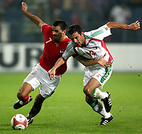 Fotball<br /> Privatlandskamp<br /> Østerrike v Ungarn<br /> Foto: Gepa/Digitalsport<br /> NORWAY ONLY<br /> <br /> 16.08.2006<br /> Paul Scharner (AUT) gegen Zsolt Loew (HUN)