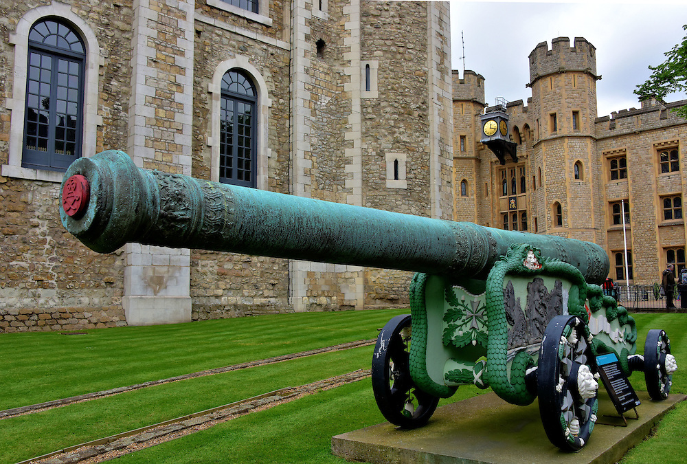 24-Pounder Cannon at Tower of London in London, England<br />
