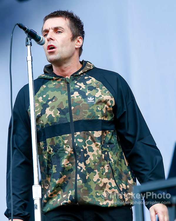 CHICAGO, IL - AUGUST 03: Liam Gallagher performs at Grant Park on August 3, 2017 in Chicago, Illinois. (Photo by Michael Hickey/Getty Images) *** Local Caption *** Liam Gallagher