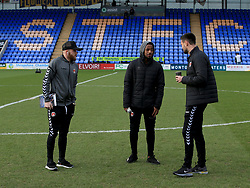 Charlton Athletic's Jonny Williams (Left), Tariqe Fosu and Jonny Jackson inspect the pitch before the Sky Bet League One game.