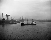 'Brilliant' Coal Boat departure from Alexandra Basin <br />