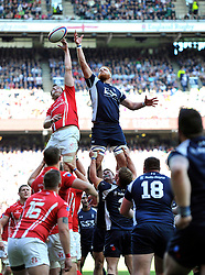 SSgt Darrell Ball of the Army competes with AB Matt Harvey of the Royal Navy for the ball at a lineout - Photo mandatory by-line: Patrick Khachfe/JMP - Mobile: 07966 386802 09/05/2015 - SPORT - RUGBY UNION - London - Twickenham Stadium - Army v Royal Navy - Babcock Trophy