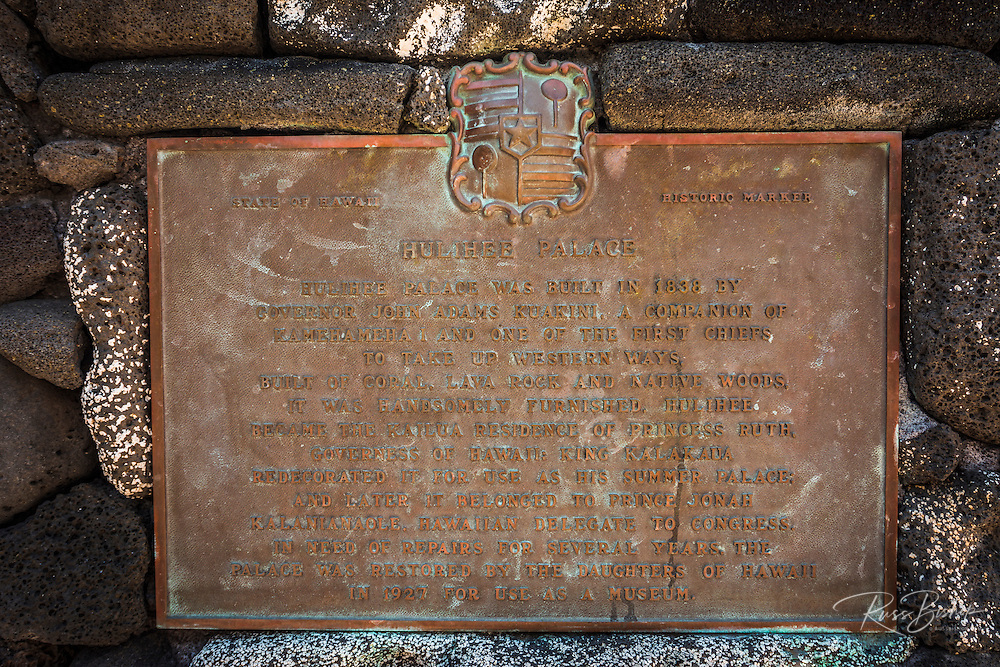 Historic plaque at the Hulihee Palace, Kailua-Kona, Hawaii