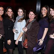 NLD/Amsterdam/20081120 - Presentatie lingerielijn Yolanthe's Choice, moeder en zussen van Yolanthe Cabau van Kasbergen