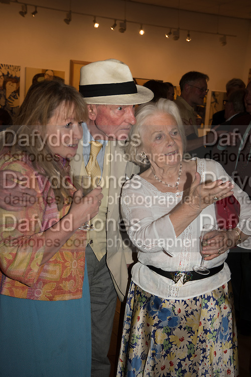 MARY KILLEN; PAUL JOHNSON; MARIGOLD JOHNSON, Exhibition opening of paintings by Charlotte Johnson Wahl. Mall Galleries. London, 7 September 2015.