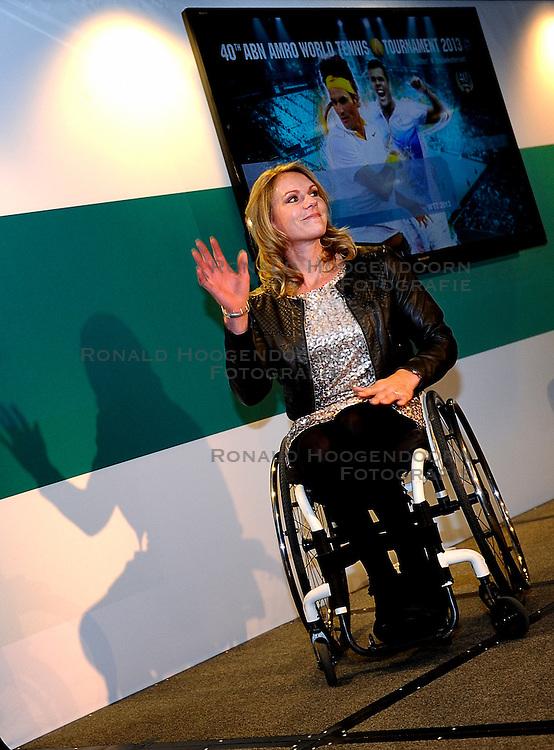 12-02-2013 TENNIS: BOEKPRESENTATIE ESTHER VERGEER: ROTTERDAM<br />Op de dag dat Esther Vergeer stopt presenteert zij haar boek<br />&copy;2013-WWW.FOTOHOOGENDOORN.NL