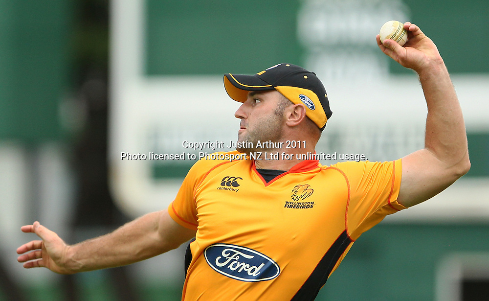 Luke Woodcock in action. Ford Trophy - Wellington Firebirds v Northern Knights, Hawkins Basin Reserve, Wellington, New Zealand on Wednesday 14 December2011. Photo: Justin Arthur / Photosport.co.nz