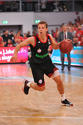 21.06.2015, Brose Arena, Bamberg, GER, Beko Basketball BL, Brose Baskets Bamberg vs FC Bayern Muenchen, Playoffs, Finale, 5. Spiel, im Bild Heiko Schaffartzik (FC Bayern Muenchen) am Ball // during the Beko Basketball Bundes league Playoffs, final round, 5th match between Brose Baskets Bamberg and FC Bayern Muenchen at the Brose Arena in Bamberg, Germany on 2015/06/21. EXPA Pictures &copy; 2015, PhotoCredit: EXPA/ Eibner-Pressefoto/ Merz<br /> <br /> *****ATTENTION - OUT of GER*****