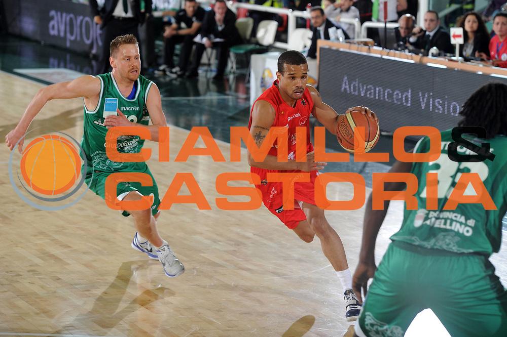 DESCRIZIONE : Avellino Lega A 2010-11 Air Avellino Armani Jeans Milano<br /> GIOCATORE : Lynn Green<br /> SQUADRA : Armani Jeans Milano<br /> EVENTO : Campionato Lega A 2010-2011<br /> GARA : Air Avellino Armani Jeans Milano<br /> DATA : 03/04/2011<br /> CATEGORIA : palleggio<br /> SPORT : Pallacanestro<br /> AUTORE : Agenzia Ciamillo-Castoria/GiulioCiamillo<br /> Galleria : Lega Basket A 2010-2011<br /> Fotonotizia : Avellino Lega A 2010-11 Air Avellino Armani Jeans Milano<br /> Predefinita :
