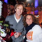 NLD/Hilversum/20121207 - Skyradio Christmas Tree, Edwin van der Sar en partner Annemarie van Kesteren