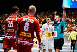 18.01.2020, Wiener Stadthalle, Wien, AUT, EHF Euro 2020, Spanien vs Österreich, Hauptrunde, Gruppe I, im Bild rote Karte fuer Lukas Herburger (AUT) // red card for Lukas Herburger (AUT) during the EHF 2020 European Handball Championship, main round group I match between Spain and Austria at the Wiener Stadthalle in Wien, Austria on 2020/01/18. EXPA Pictures © 2020, PhotoCredit: EXPA/ Florian Schroetter