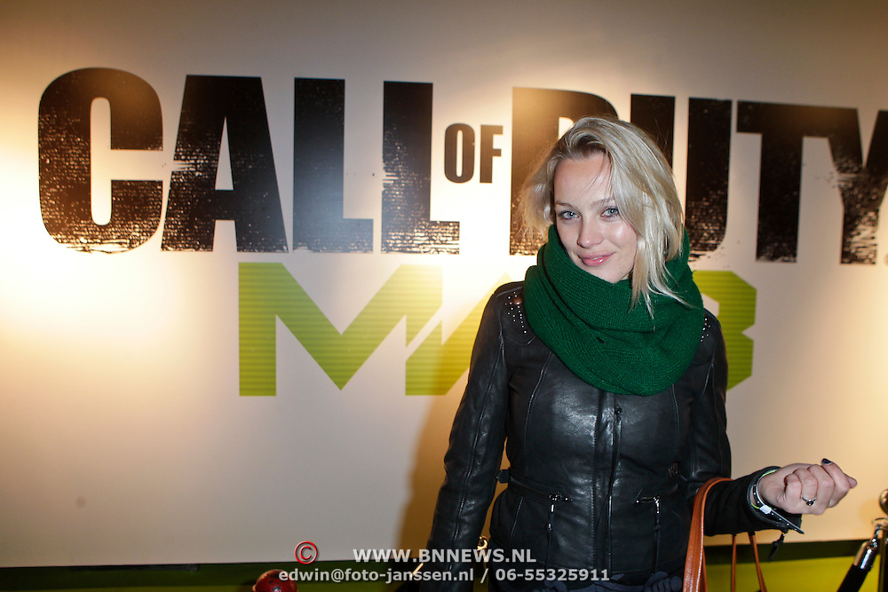 NLD/Amsterdam/20111107- Lancering Call of Duty MW3, Tess Milne