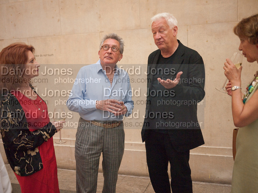 KASMIN; PHILLIPA SCOTT; MICHAEL CRAIG-MARTIN; DASHA SHENKMAN, Tate Summer Party. Celebrating the opening of the  Fiona Banner. Harrier and Jaguar. Tate Britain. Annual Duveens Commission 29 June 2010. -DO NOT ARCHIVE-© Copyright Photograph by Dafydd Jones. 248 Clapham Rd. London SW9 0PZ. Tel 0207 820 0771. www.dafjones.com.
