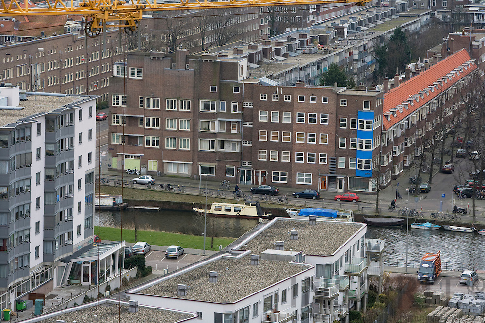 AMSTERDAM - NETHERLANDS - 06 MARCH 2008 -- New and old apartment blocks in Amsterdam.  Photo: Erik Luntang/INSPIRIT Photo