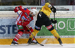 18.04.2019, Albert Schultz Halle, Wien, AUT, EBEL, Vienna Capitals vs EC KAC, Finale, 3. Spiel, im Bild v.l. Thomas Koch (EC KAC) und Sondre Olden (Vienna Capitals) // during the Erste Bank Icehockey 3rd final match between Vienna Capitals and EC KAC at the Albert Schultz Halle in Wien, Austria on 2019/04/18. EXPA Pictures © 2019, PhotoCredit: EXPA/ Alexander Forst