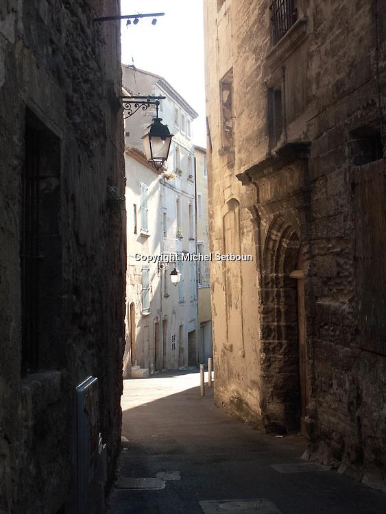 Arles the old city  France    /  la vielle ville Arles  France