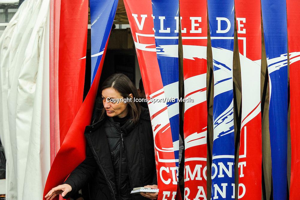 Corinne DIACRE - 24.01.2015 - Clermont / Chateauroux  - 21eme journee de Ligue2<br />Photo : Jean Paul Thomas / Icon Sport