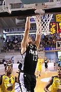 DESCRIZIONE : Ancona Lega A 2012-13 Sutor Montegranaro SAIE3 Bologna<br /> GIOCATORE : Angelo Gigli<br /> CATEGORIA : schiacciata<br /> SQUADRA : SAIE3 Bologna<br /> EVENTO : Campionato Lega A 2012-2013 <br /> GARA : Sutor Montegranaro SAIE3 Bologna<br /> DATA : 13/10/2012<br /> SPORT : Pallacanestro <br /> AUTORE : Agenzia Ciamillo-Castoria/C.De Massis<br /> Galleria : Lega Basket A 2012-2013  <br /> Fotonotizia : Ancona Lega A 2012-13 Sutor Montegranaro SAIE3 Bologna<br /> Predefinita :