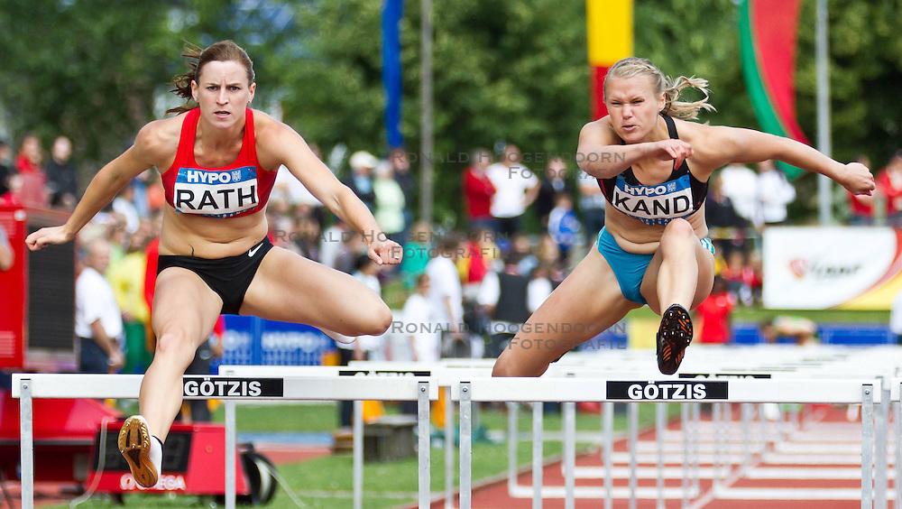 28-05-2011 ATLETIEK: HYPO MEETING 2011: GOTZIS<br /> Claudia Raht (GER) und Kaie Kand (EST), 100m Hurdles Women<br /> ***NETHERLANDS ONLY***<br /> &copy;2011-FotoHoogendoorn.nl/nph/P.Rinderer