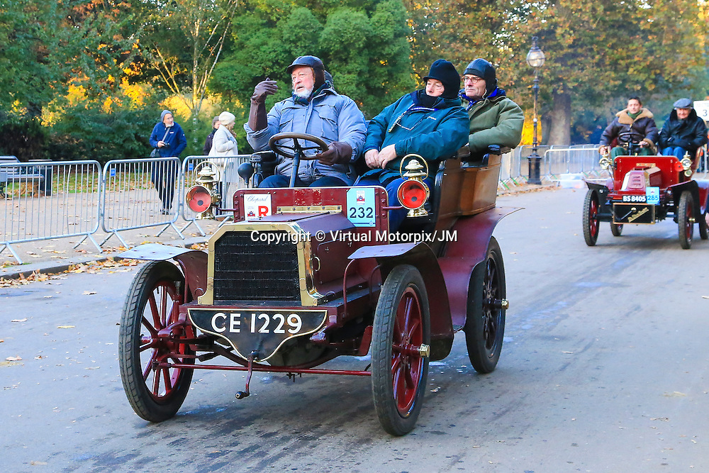 Gladiator   Tonneau 1903    Driven By   Mr John Kennedy, Bonhams London to Brigthon Veteran Car Run Supported by Hiscox,, 06/11/2016,