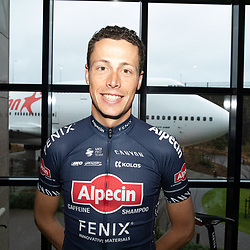 03-01-2020: Wielrennen: Teampresentatie Corendon: Amsterdam <br />Oscar Riesebeek