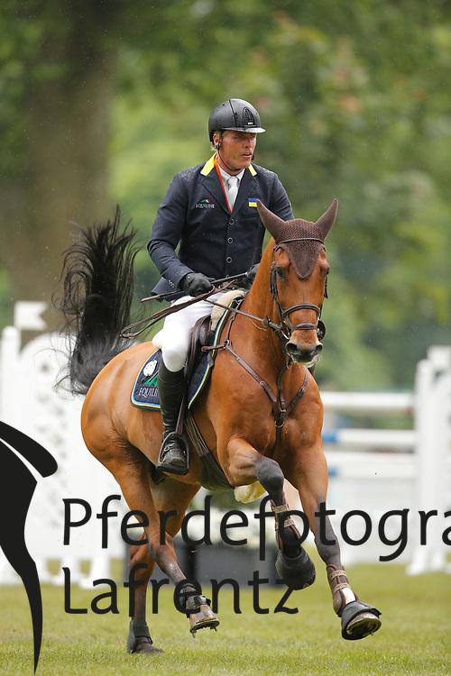 Tebbel, Rene, Cooper<br /> Wiesbaden - Pfingstturnier 2015<br /> Grosser Preis von Wiesbaden Riders Tour Etappe<br /> © www.sportfotos-lafrentz.de/Stefan Lafrentz