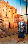 "LEIDEN – The arrival of Princess Beatrix , Princess Sumaya Bint El Hassan off jordania and Prinses Dana Firas of jordania for the opening of the exhibition "" Petra ,Wonder in the desert "" COPYRIGHT ROBIN UTRECHT"