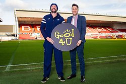 Bristol Bears Joe Latta, Good 4 U's Karol Butler - Ryan Hiscott/JMP - 09/01/2019 - COMMERCIAL - Ashton Gate - Bristol, England - Bristol Sport Announce Sponsor Partnership with Good 4 U