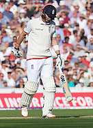 Joe Root of England looks dejected after getting out during the 5th Investec Ashes Test Match match at the Kia Oval, London<br /> Picture by Alan Stanford/Focus Images Ltd +44 7915 056117<br /> 21/08/2015