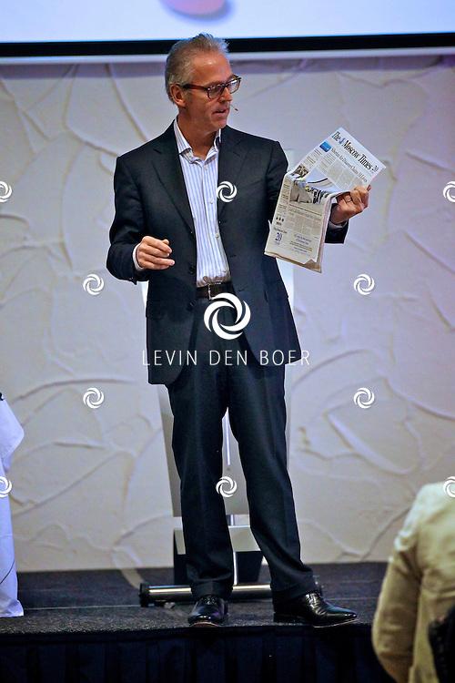 VOORTHUIZEN - De jaarlijkse NNP dag is weer gehouden in het sjieke Edda Huzid.  Met op de foto journalist, uitgever en mediatycoon Derk Sauer. FOTO LEVIN DEN BOER - PERSFOTO.NU