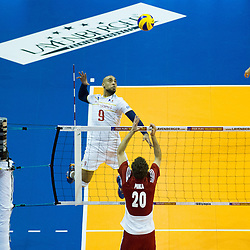 09.01.2016, Max Schmeling Halle, Berlin, GER, CEV Olympia Qualifikation, Frankreich vs Polen, im Bild Earvin Ngapeth (#9, FRA) // during 2016 CEV Volleyball European Olympic Qualification Match between France and Poland at the Max Schmeling Halle in Berlin, Germany on 2016/01/09. EXPA Pictures © 2016, PhotoCredit: EXPA/ Eibner-Pressefoto/ Wuechner<br /> <br /> *****ATTENTION - OUT of GER*****