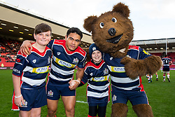 David Lemi (c) of Bristol Rugby with the Mascots and Brizzly - Rogan Thomson/JMP - 11/12/2016 - RUGBY UNION - Ashton Gate Stadium - Bristol, England - Bristol Rugby v Pau - European Rugby Challenge Cup.