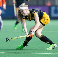 BLOEMENDAAL-HOCKEY - Yibbi Jansen  (Den Bosch) tijdens de hoofdklasse hockeywedstrijd tussen de dames van Bloemendaal en Den Bosch (1-5). COPYRIGHT KOEN SUYK