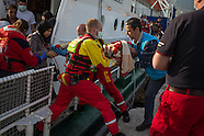 Refugees arrive on Lesvos, 02.04.16