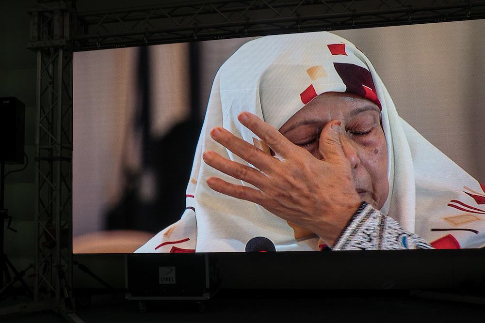 Auditions publiques de l'Instance Vérité Dignité, 18 novembre 2016. La mère de Fayçal Baraket, militant du parti Ennahdha, mort sous la torture en octobre 1991.